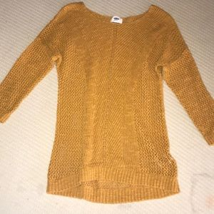 Old Navy Knit Sweater. Size XS. Great Condition.